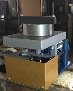 Вибростенд испытательный механический ВИМ-0,2-25М
